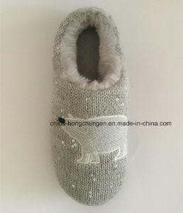 Bling-Bling Knitted Women Winter Indoor Slipper pictures & photos