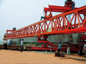 Bridge Launching Crane-150t-40m Precast Girder pictures & photos
