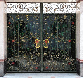 Exterior High Quality Customized Wrought Iron Gate pictures & photos