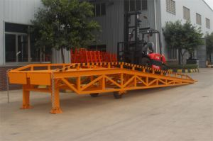Hydraulic Loading Dock Ramp for Warehouse pictures & photos