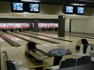 Reconditioned Bowling Equipment (AMF 8290XL 8270 8800) pictures & photos