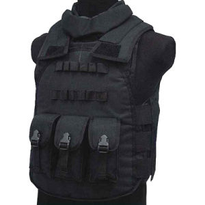 Airsoft Paintball Tactical Combat Military Assault Vest Protective Vest Four in One pictures & photos