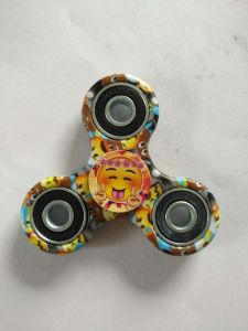 New Developed Smiling Face Stree Relief Toy Triangle Fidget Spinner pictures & photos