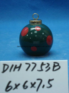 Hand-Painted Christmas Tree Hanging Round Ceramic Ball pictures & photos