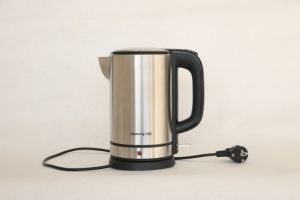 Family Use High Quality Stainless Steel Electric Kettles pictures & photos