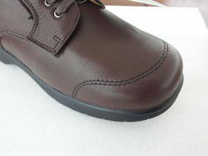 Wide Diabetic Men Footware Comfortable Health Shoes pictures & photos