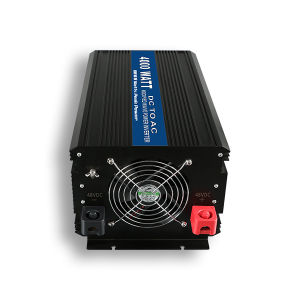 Home Use Inverter 12V 220V 4000W Solar Power Inverter with Charger pictures & photos
