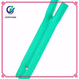 New Fashion Popular Nylon Zipper From China pictures & photos