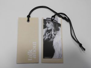 Printed Colour with String Paper Clothing Hangtag pictures & photos