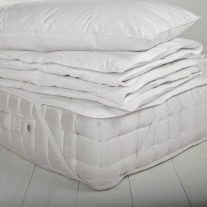 White Waterproof Hotel Mattress Protector/Cover pictures & photos