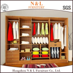 Wooden Furniture for Bedroom L-Shape Walik-in Wardrobe pictures & photos