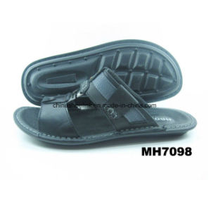 China Leather Sandals Beach Shoes Sport Slipper Factory pictures & photos