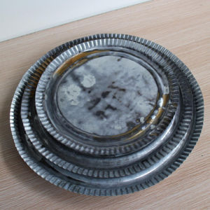 Antique Round Metal Plate Food Fruit Dish pictures & photos