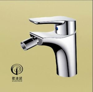 Oudinuo Single Handle Brass Wall-Mounted Kitchen Mixer && Faucet 68718-1 pictures & photos
