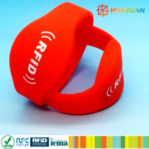 Rewearable Durable RFID Silicone Wristband for Hotel pictures & photos