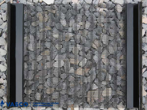 New Type High Carbon Steel Slot Screen Wire Mesh pictures & photos