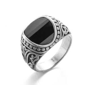 VAGULA Vintage Silver Punk Men′s Ring pictures & photos