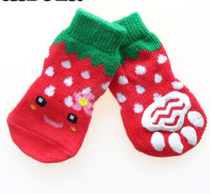 Red High Quality Non Skid Dog Cat Socks Indoor with Pretty Colors pictures & photos