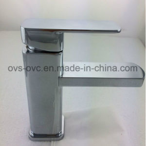 Factory Price Contemporary Basin Mixer Hot and Cold Water pictures & photos