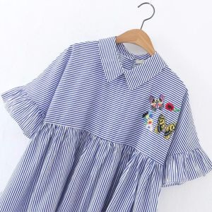 Fashion Women Stripe Flare Sleeve Embroidery Baby-Doll Blouse pictures & photos