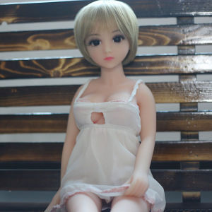 65cm Top Quality Life Size Silicone Sex Doll pictures & photos