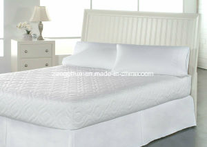 High Quality 100% Cotton Quilted Mattress Protector pictures & photos