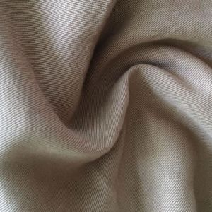 Woven Textile 100% Rayon Twill Fabric for Shirt