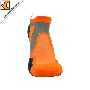 2017 Summer Unisex Running Light Anklet Fuction Sport Socks (162001SK) pictures & photos