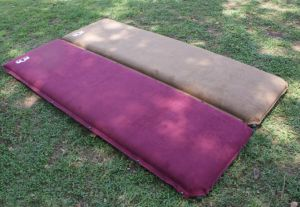 Self-Inflating Non-Slip Cozy Sude Camping Mattress pictures & photos
