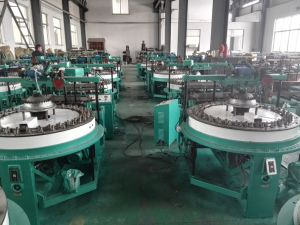 Pth64 Spindle Lace Weaving Machine pictures & photos