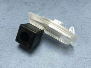 Waterproof Night Vision Rearview Car Camera for 16 Honda Lingpie pictures & photos