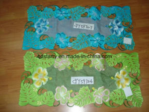 2016 New Design 40*90 Embroidery Table Runner pictures & photos
