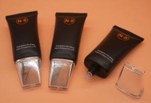 Oval Plastic Cosmetic Tube for Lotion with Applicator pictures & photos