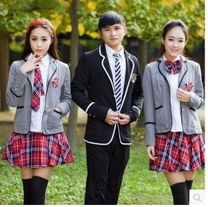 High School Students′ School Uniform for Autumn and Winter pictures & photos