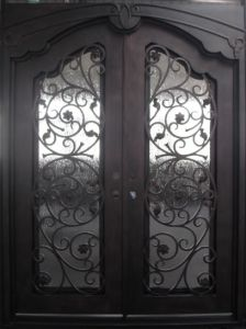 Luxury Elegant Iron Double Door with Rain Glass pictures & photos