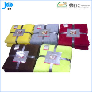 2015 New Pattern Wholesale 100%Polyester Microfiber Coral Fleece Blanket pictures & photos