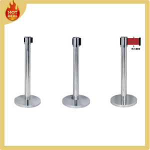 Steel Queue Barrier Pole with U Shape Base pictures & photos