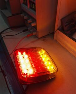 LED Tail/Stop/Turn Signal Reflector Rear Lamp for Truck/Trailer/Caravan Lt-109 Emark Adr Certificated pictures & photos
