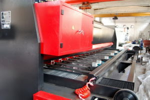 High Speed Notching Machine for Stainless Steel pictures & photos