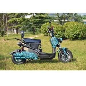 2017 Hot Selling Electric Scooter for Adults Without Pedals pictures & photos