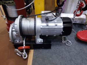 The Micro Type Electric Winch, Electric Wire Rope Hoist with Remote Control pictures & photos