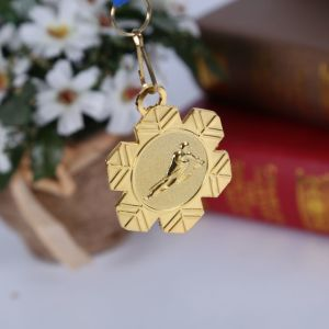 Metal Crafts Production Zinc Alloy Blank Gold Award Metal Sport Medal with Ribbon pictures & photos