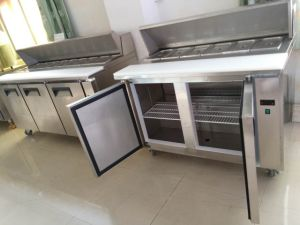 Double Door Stainless Steel Freezer Type Pizza Prep Table Chiller pictures & photos