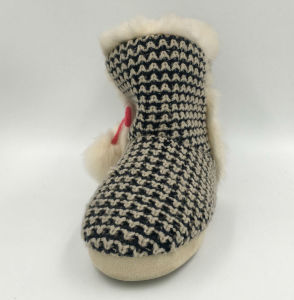 Lds Black and White Pompom Indoors Boots pictures & photos