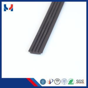 Permanent Type and Ferrite Magnet Composite Rubber Magnet with UV Coated pictures & photos