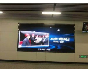 P7.62 Indoor Full Color LED Screen Display pictures & photos