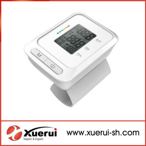 Digital Medical Blood Pressure Monitor for Wrist pictures & photos