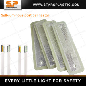 Fluorescent Power Reflector Installed on Post for Traffic Safety pictures & photos