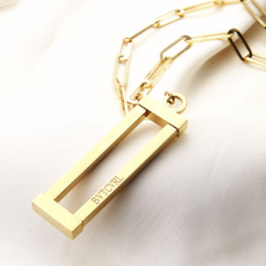 New Fashion Roman Word Long Chain Women Sweater Square Pendant pictures & photos