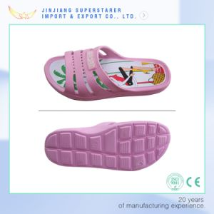 EVA Unisex Cartoon Printed Insole Holey Open Toe Slipper pictures & photos
